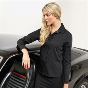 Womens long sleeve fitted Friday shirt